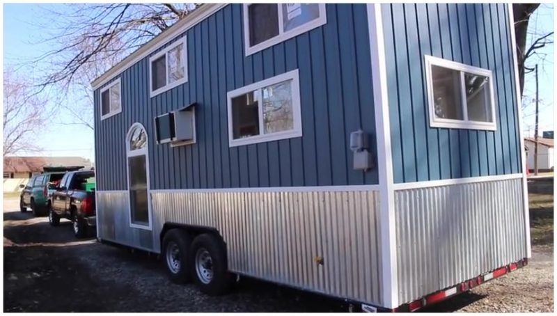 backend tiny trailer house