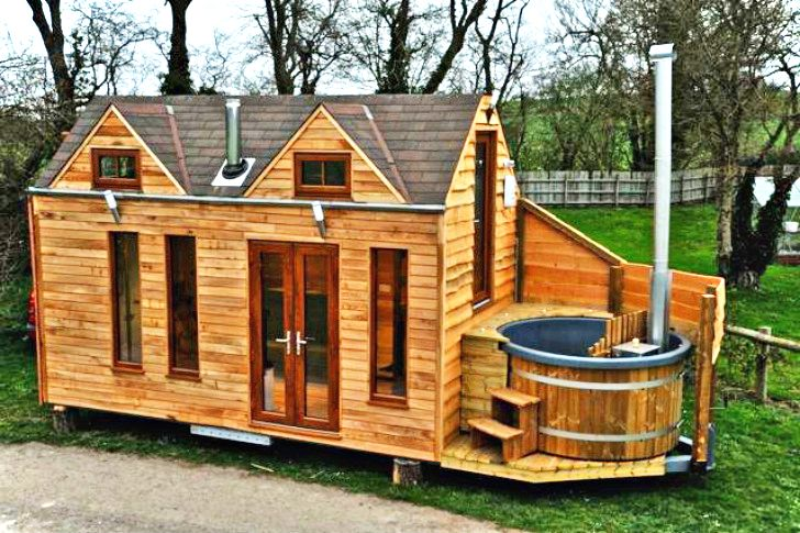Beautiful Tiny House On Wheel