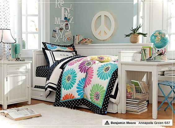 Colorful teenage girls room decor small house decor - A nice bed and cover for teenage girls or room ...