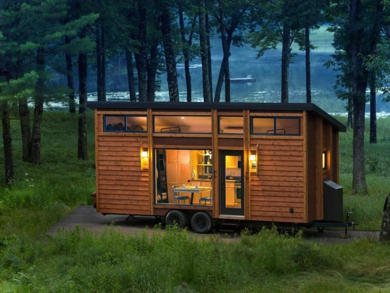 12 Beautiful Tiny House On Wheel Exterior View