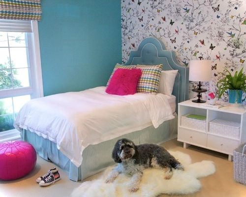 traditional kids' room for girls