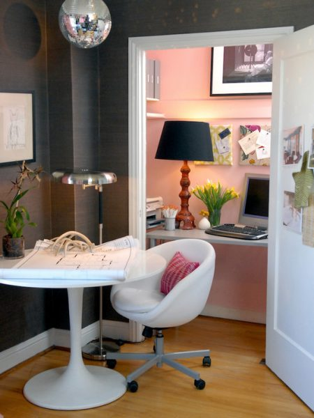 pink wall coset office