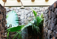 18 natural outdoor shower