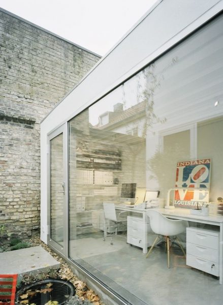 Modern Small House Office Shed