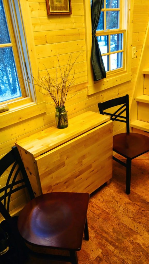 Off-grid Tiny House On Wheels Unfold Dining Table