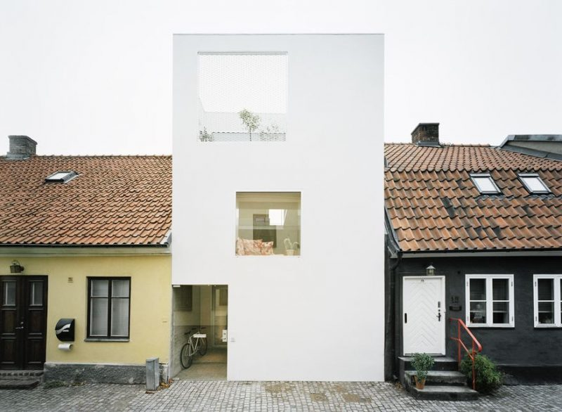 Small Modern House Frontend