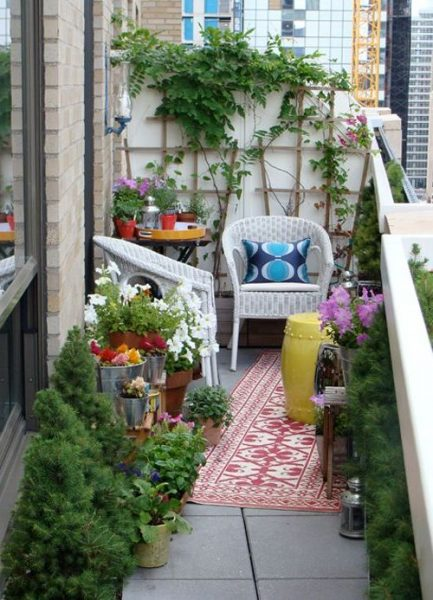 Stunning Small Balcony Garden Decor