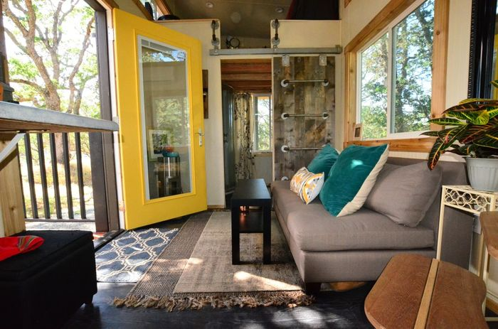 Tiny House Trailer Airy Spaces