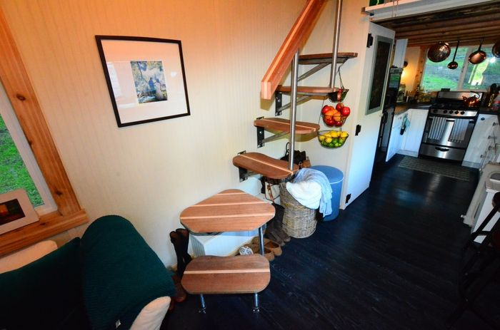 Tiny House Trailer Floating Stairs