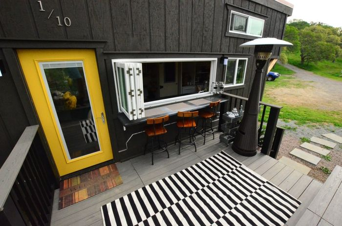Tiny House Trailer Patio