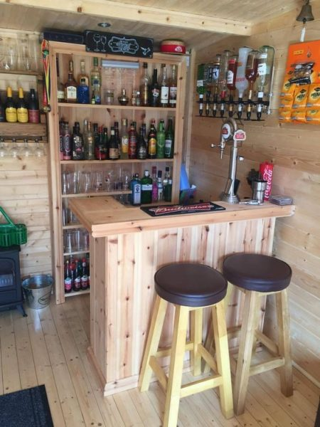 DIY Pallet Bar With Full Height Shelf