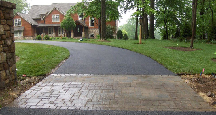 Top Benefits Of Asphalt Pavements And Seal-Coating 1