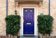 how to repaint a wood door