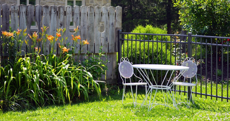 How to Make Your New Home's Backyard More Family-Friendly