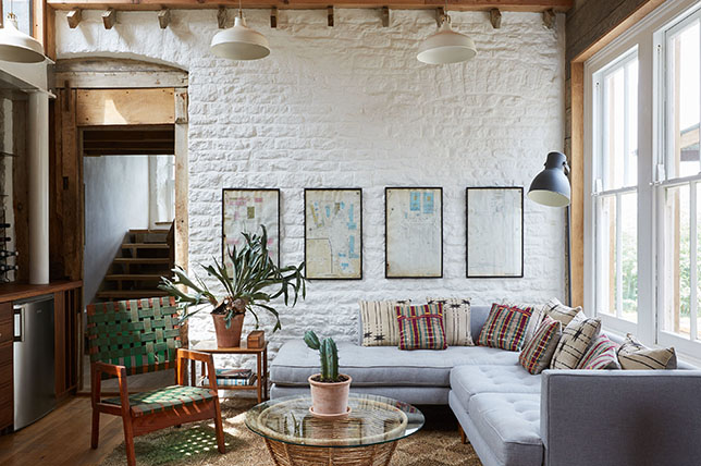 Interior-Design-Tips-To-Create-A-Modern-Country-Home