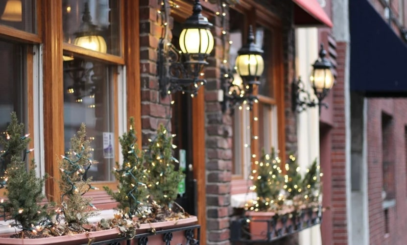 How to Selling Your Home at Christmas