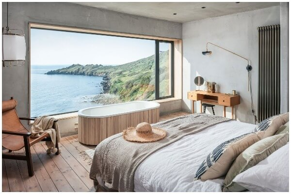 7 Simple Tips for Designing a Master Bedroom