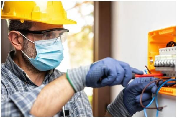 Why hire a professional electrician Here are 5 reasons why